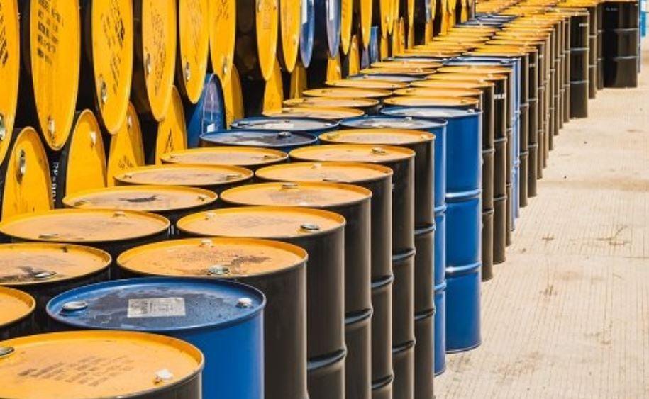 Oil near 18-year low on demand devastation warning